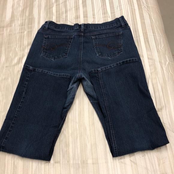 NEW Pants Jeans Women/'s Jaclyn Smith Dark Wash Skinny Denim Sizes 6 14 16 18